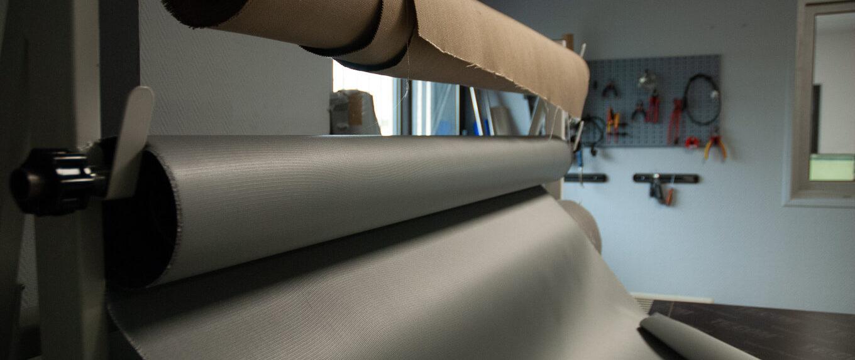 Rouleau de tissu dans notre atelier